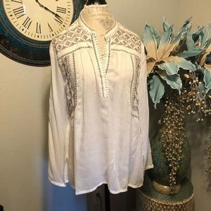 Sundance Embroidered BoHo blouse size large